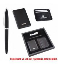 AK858 Hediyelik Set (Powerbank, Kartvizitlik, Pen) - Powerbank fiyata dahil değildir.